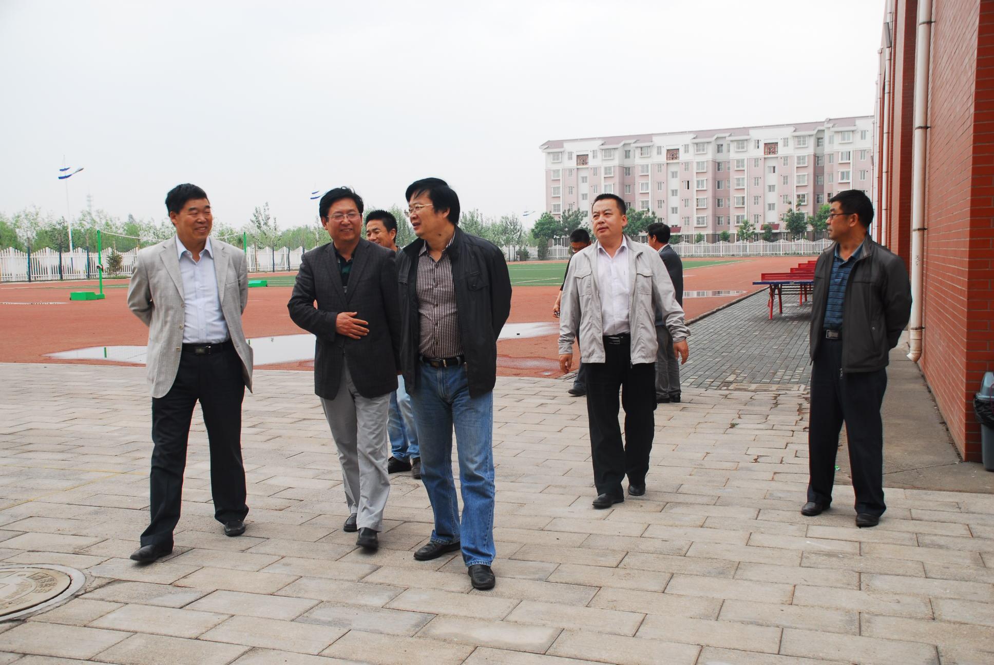 有关系进长庆油田得话,进去是正式工还是劳务工?